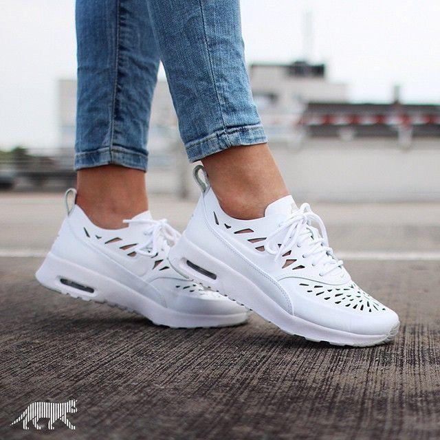 Nike Damen W Air Max Thea Joli Turnschuhe, EU Blanco White