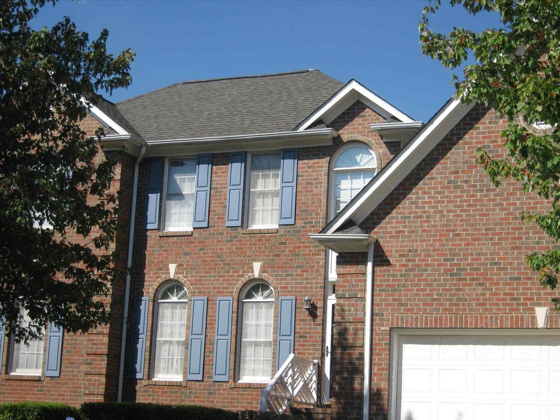 Best Brand Of Roof Shingles Cedar Roof Roof Design 640 x 480