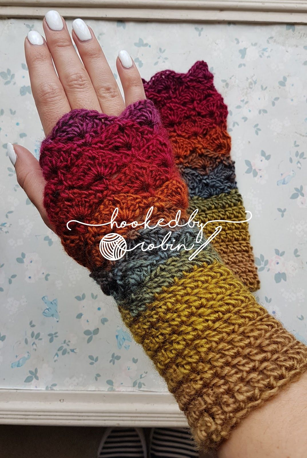 15 Crocheted Fingerless Mitten Patterns For Fall And Beyond Gloves