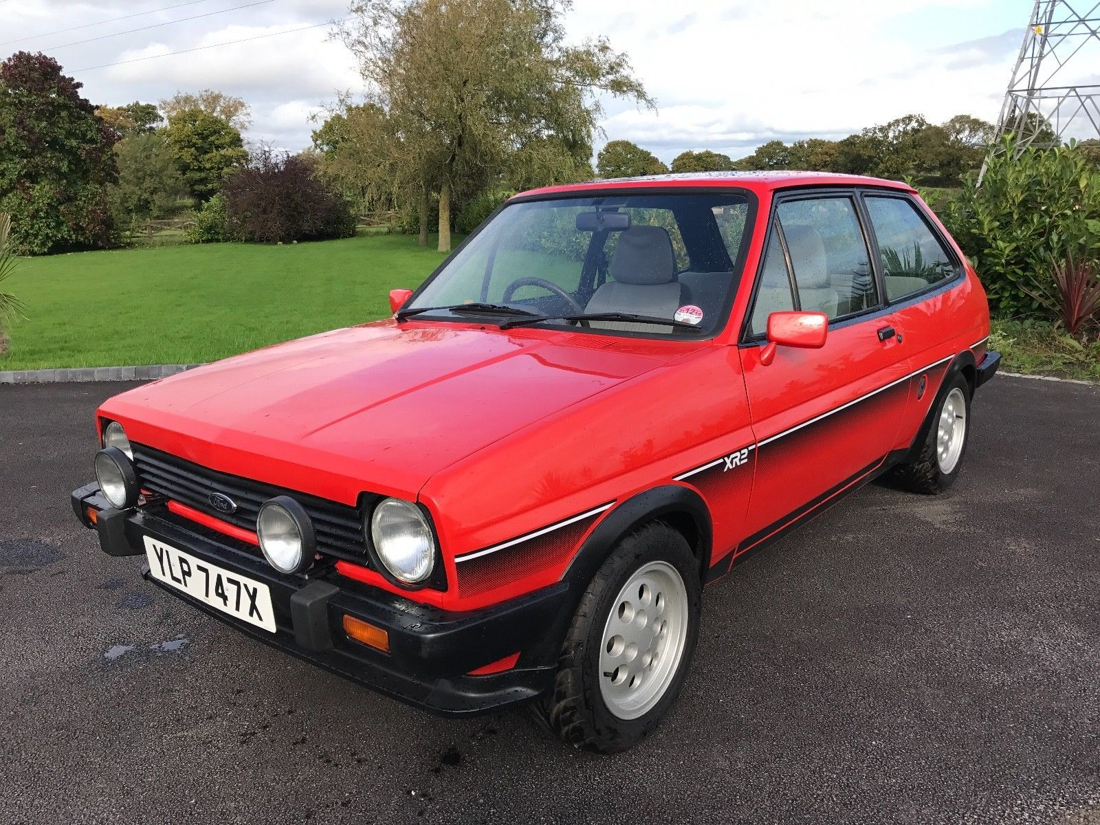 this ford fiesta xr2 mk1 sunburst red un molested example. Black Bedroom Furniture Sets. Home Design Ideas