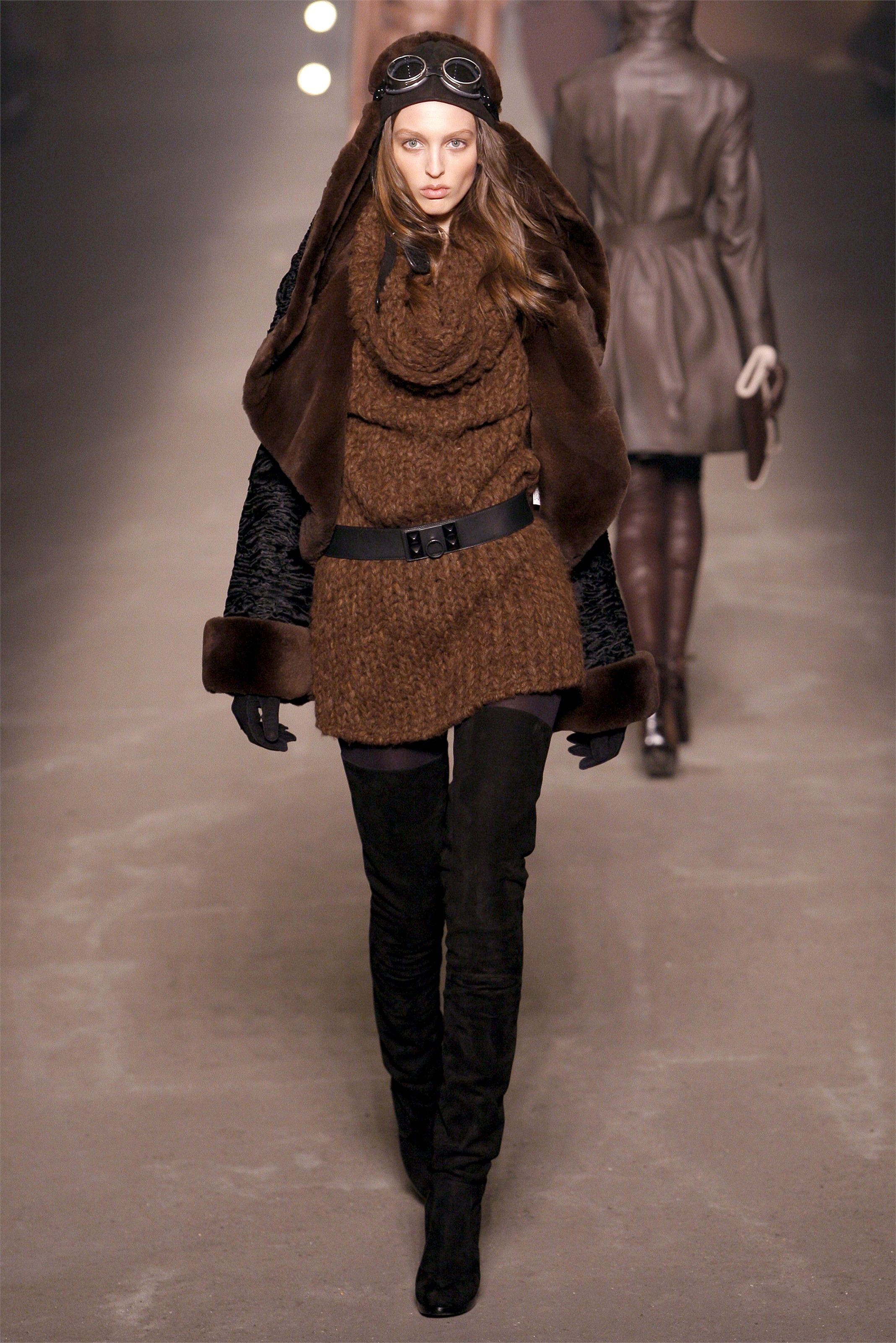 4d348911 Hermès - Fall Winter 2009/2010 Ready-To-Wear - Shows - Vogue.it ...