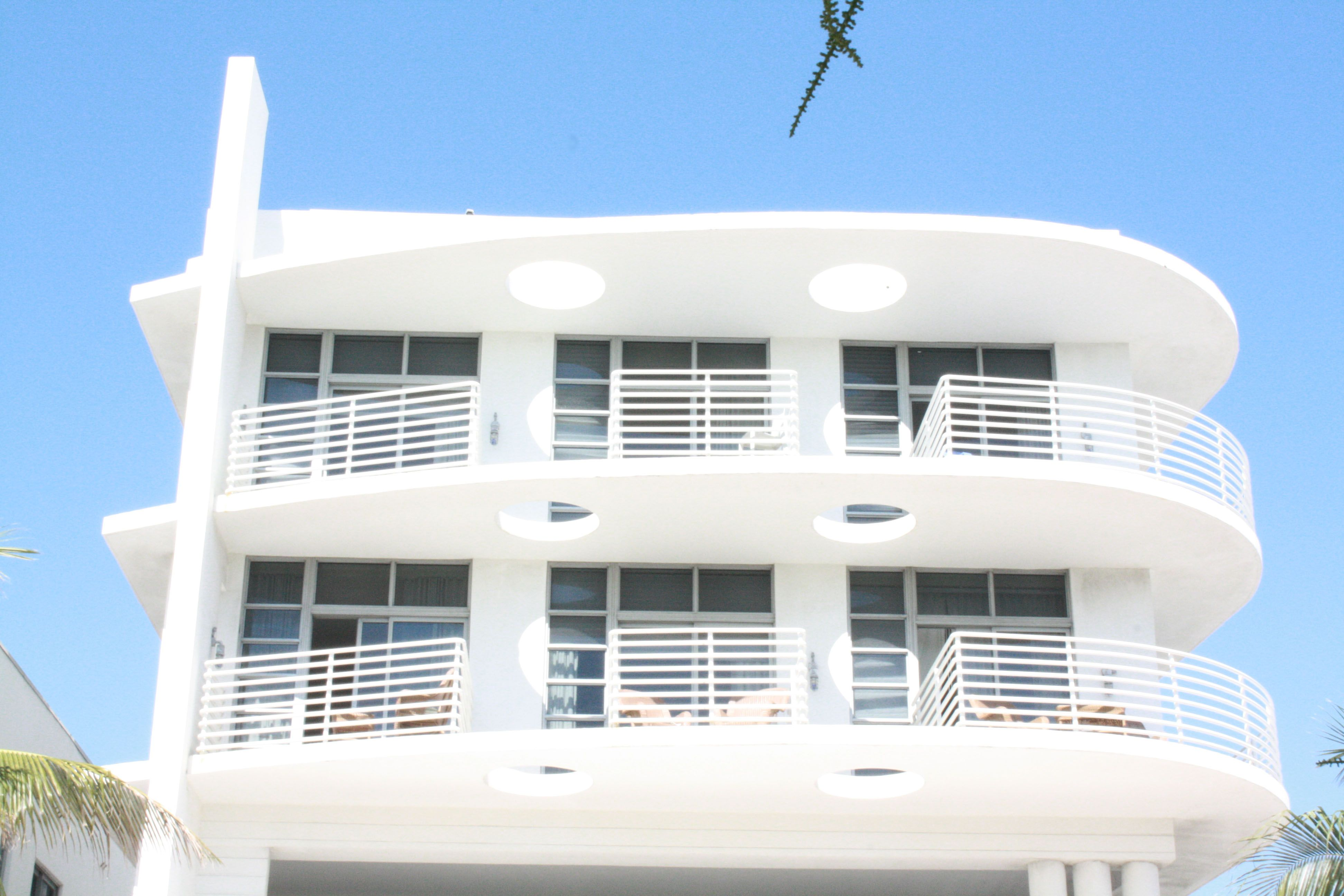 MiMo, which is short for Miami Modern is a style of architecture