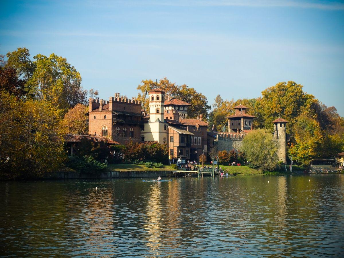 Parque Valentino e Borgo Medieval de Torino