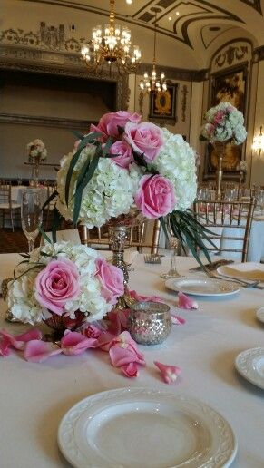 Mercury gold centerpieces hydrangea and roses Blushcustomweddings.com