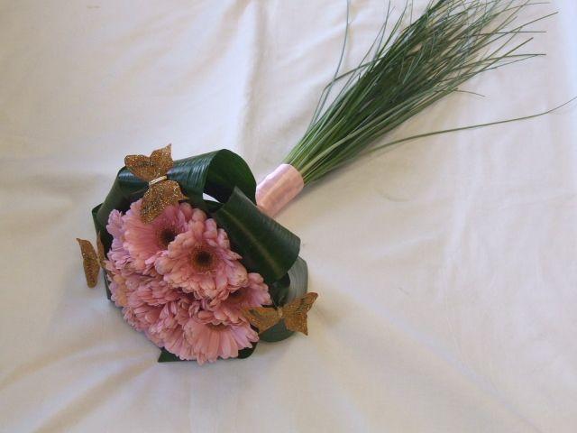 gerbera bouquet from RJ florist with beargrass