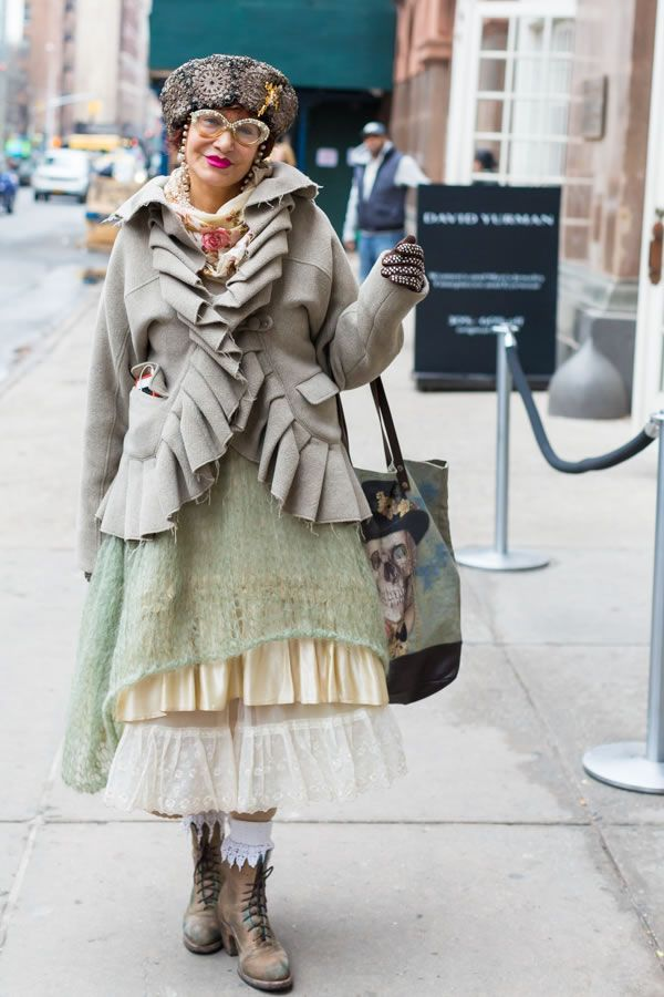 Unique vintage style spotted at Manhattan Vintage show in New York | 40plusstyle.com