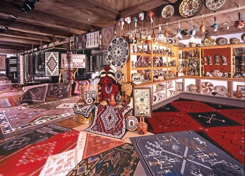 Garland S Navajo Rugs Sedona Az Traditional