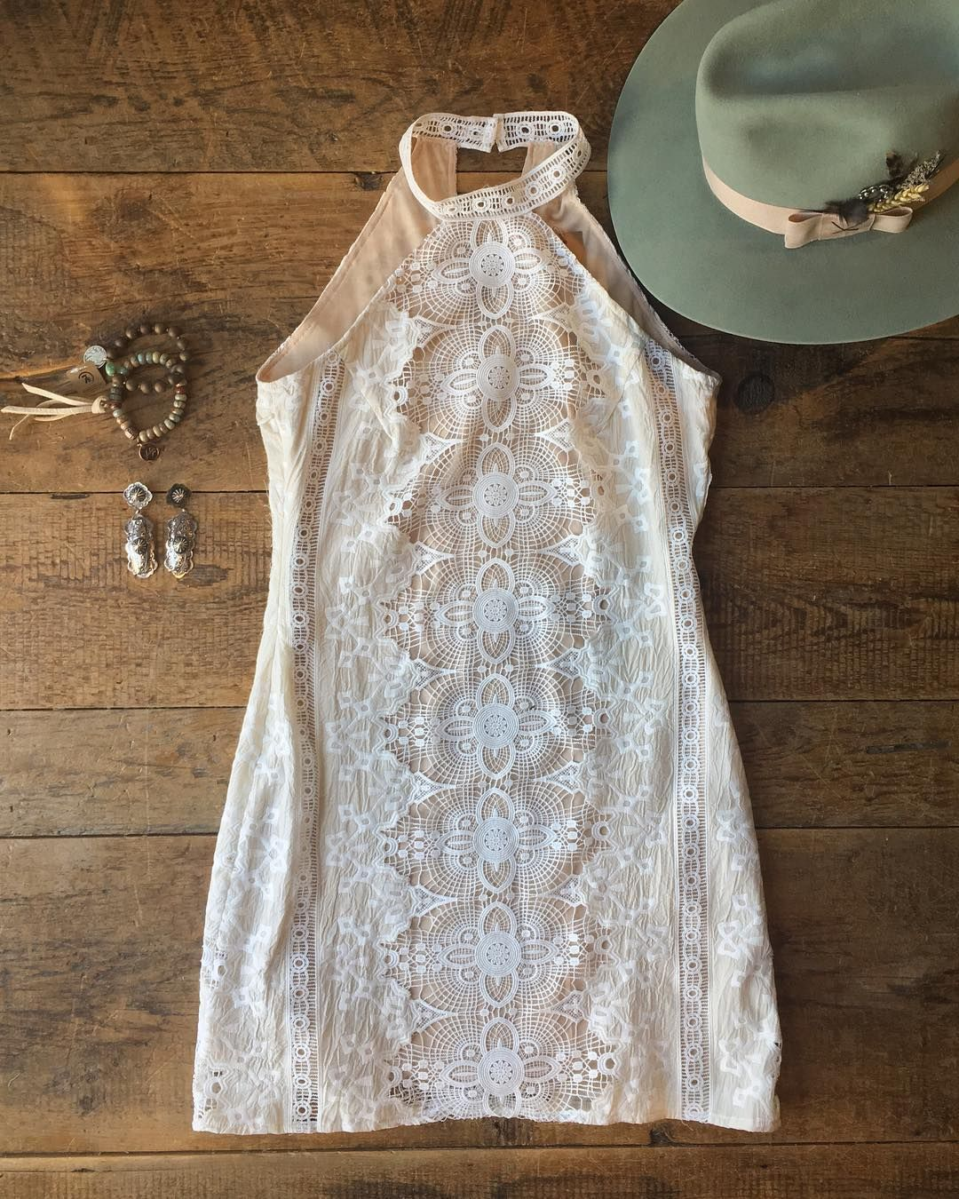 We were lucky enough to get a handful of the very last pieces of this gorgeous dress!! The Decatur is restocked but not for long #inlove #dreamy #amazingfit #savannah7s