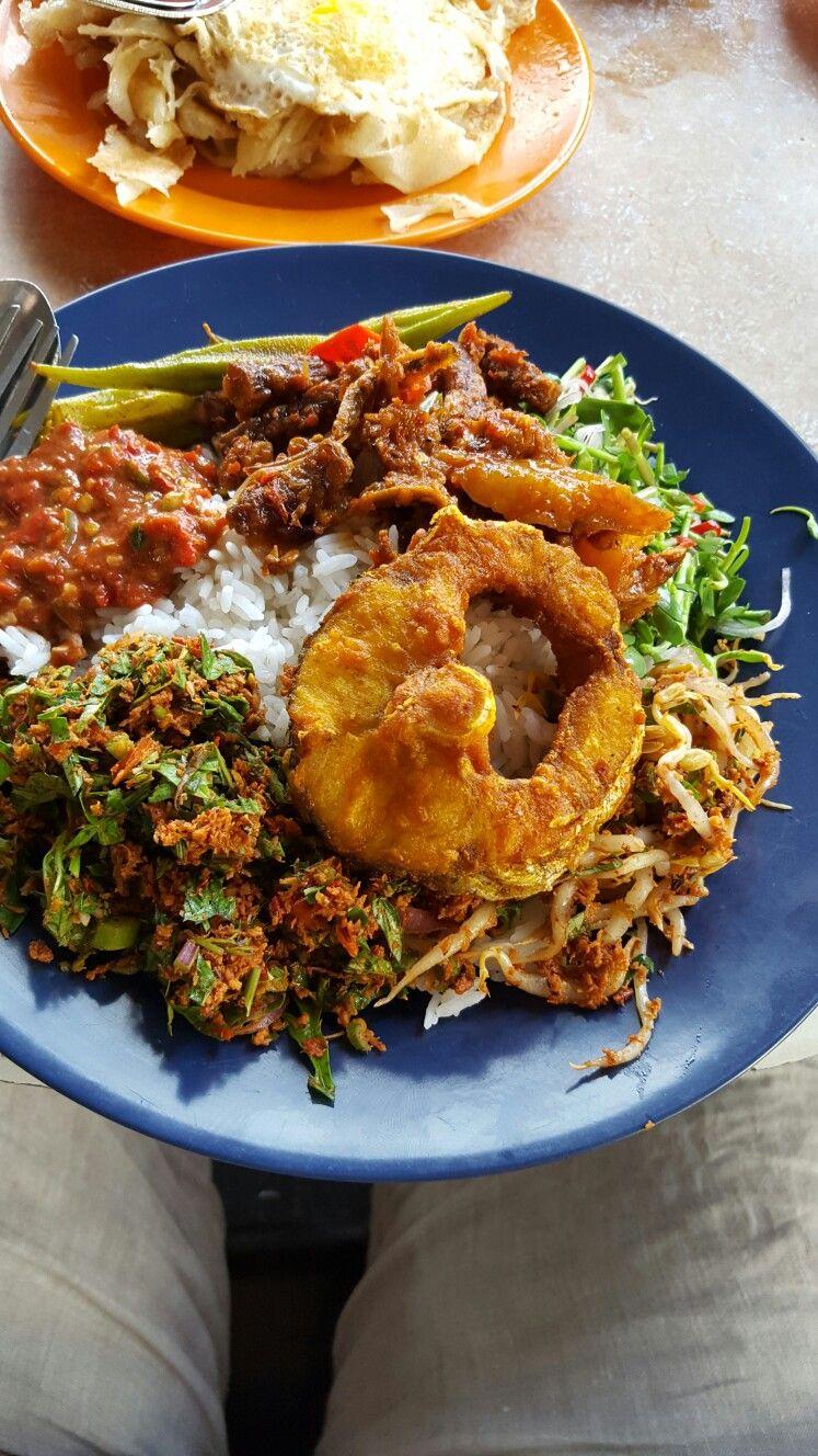Kedai Makanan Lidiana Food, Lunch recipes, Malaysian food
