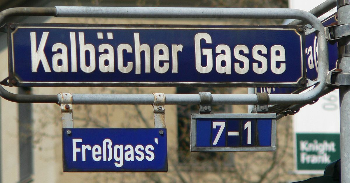 Pin von 임진수 auf 여성의류   Alte namen, Frankfurt am main ...