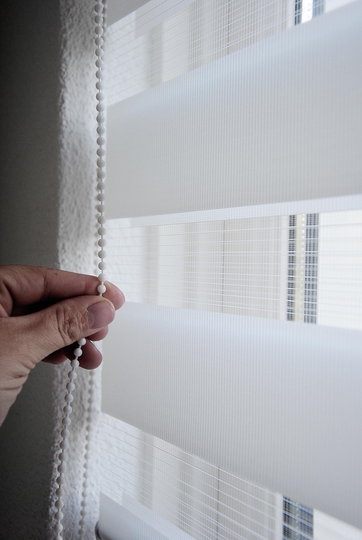 Roltechniek raamdecoratie, speciaal voor kunststof kozijnen met een draaikiepsysteem #Roltechniek Benelux #VanEsseveld