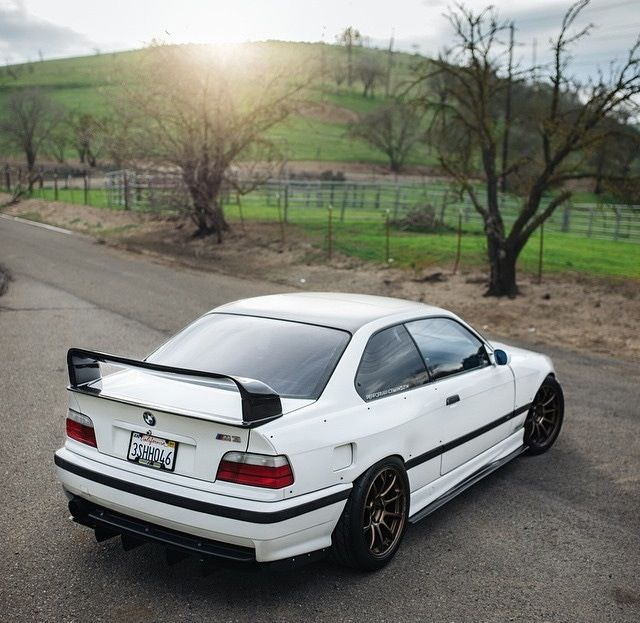 Bmwcarimage: Image Of E36 Coupe Overfender - Full Kit