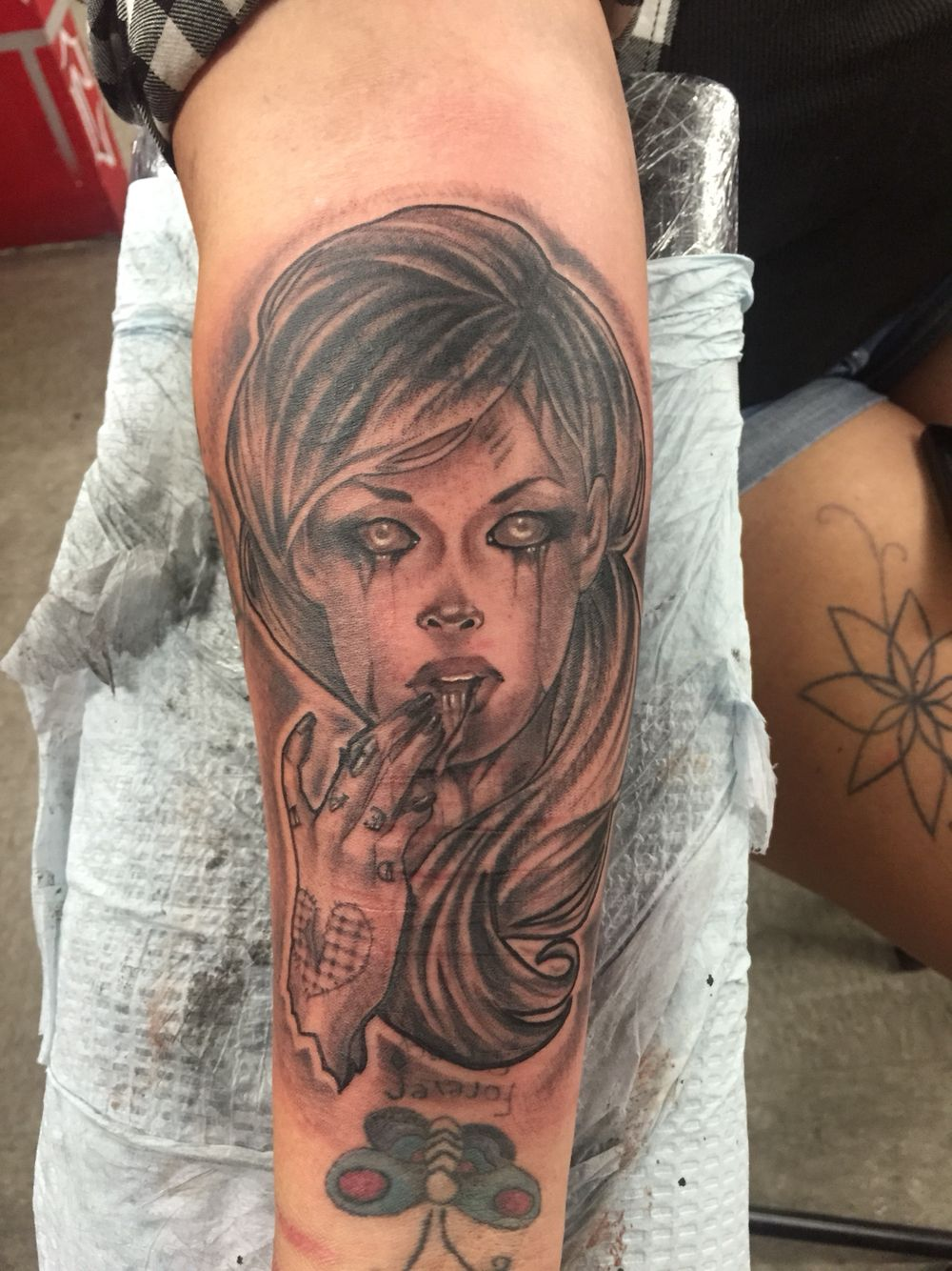 Zombie girl Artist: Adam Lerma Art&Ink tattoo studio Indio  Ink