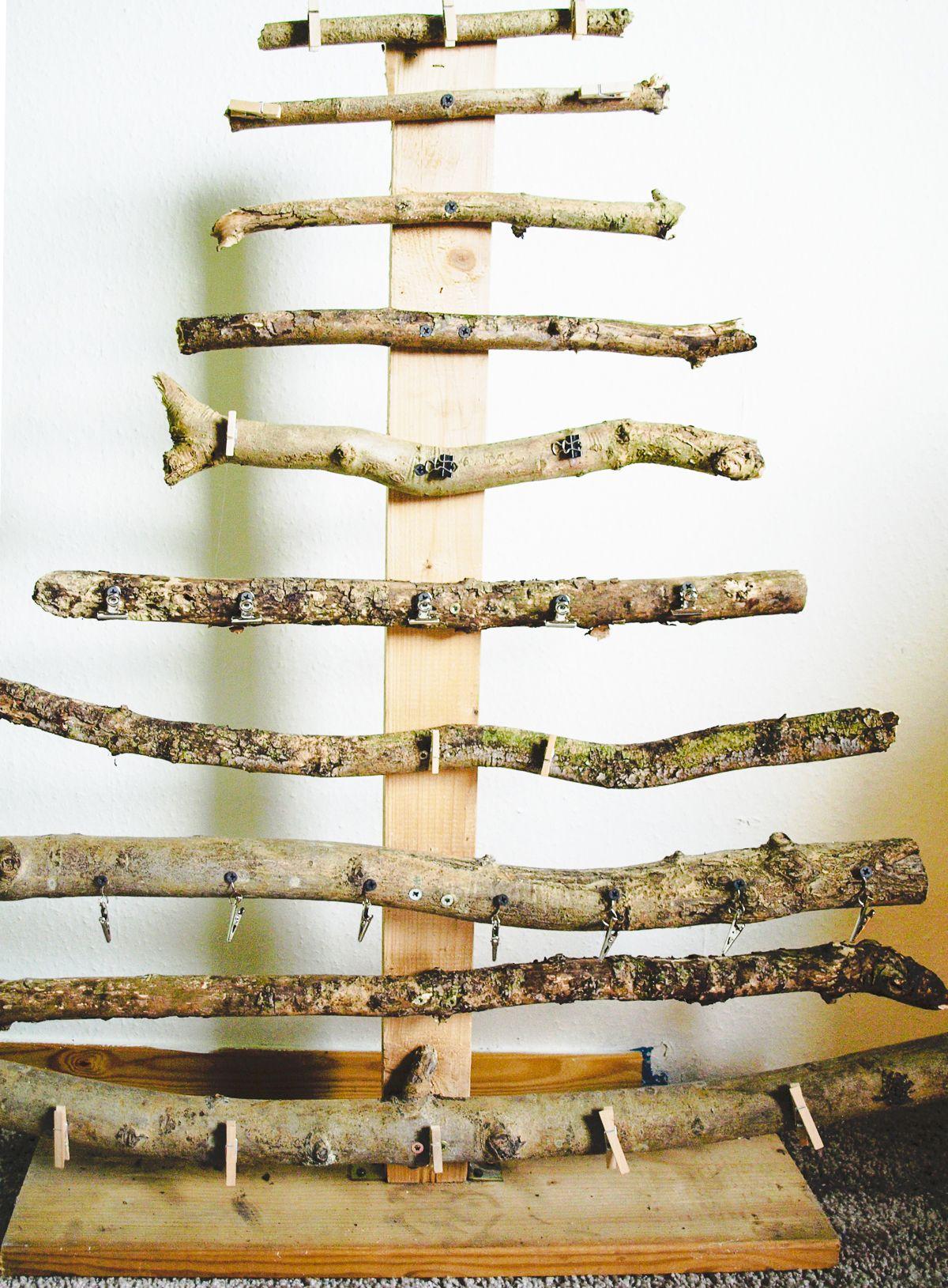 Aus ästen Basteln tannenbaum aus ästen basteln diyf ideas