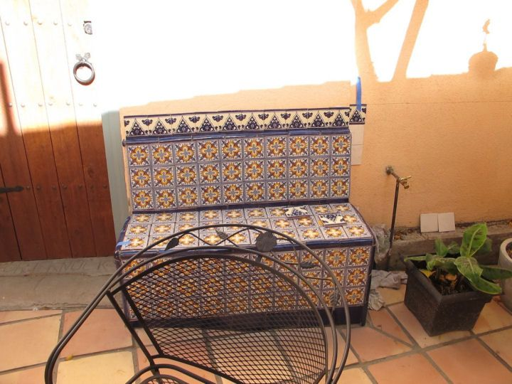 Terrific Mexican Benches Mexican Decorative Tile In An Outdoors Uwap Interior Chair Design Uwaporg