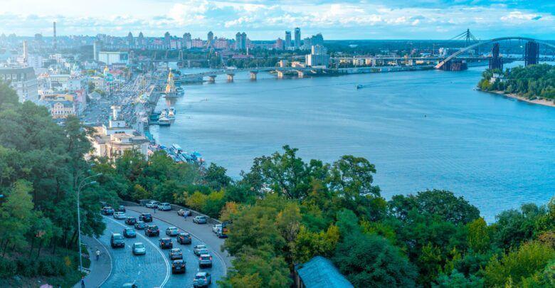 اين تقع أوكرانيا ومعلومات عن الطقس والسياحة في أوكرانيا Eastern Europe Travel Cool Places To Visit Europe Vacation