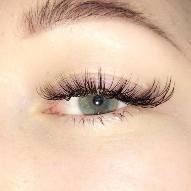 Some cateye realness for ya ������������♀️✨ A.SIAH BEAUTY Lash Extensions #lashextensions #eyelashes #cateye #lashlooks #ilovelashes #eyelashextensionstips #eyelashextensions #beauty #greeneyes #eyebrows #eyebrowsonfleek #EyelinerShapes