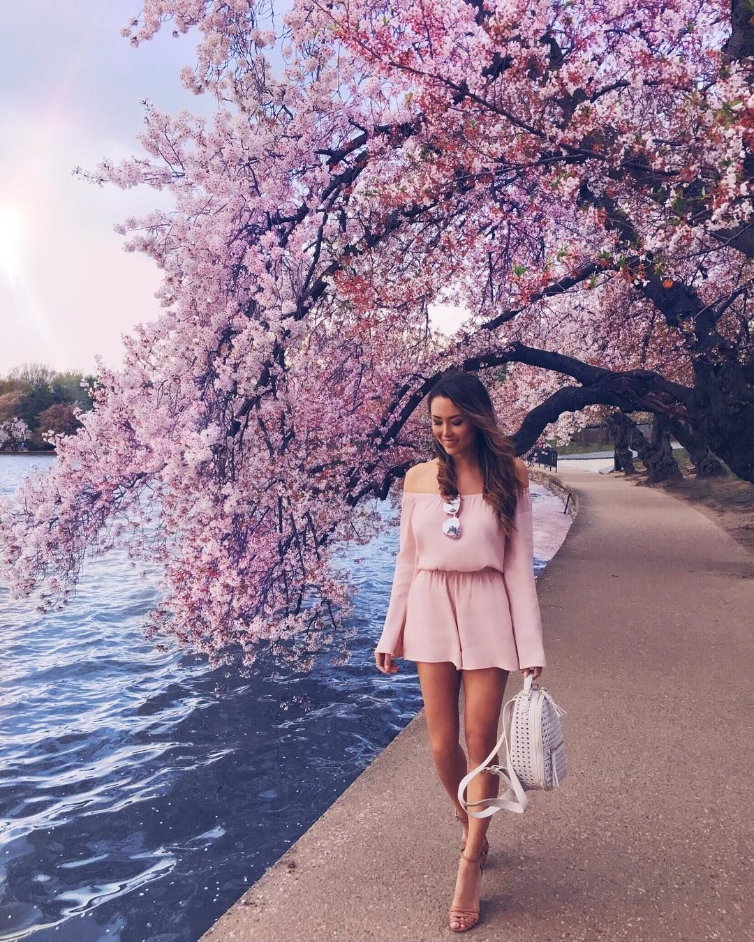 25 5k Likes 205 Comments Jessica Ricks Hapatime On Instagram The Sun Came Out To Play T Cherry Blossom Outfit Jessica Ricks Fashion Blogger Photography