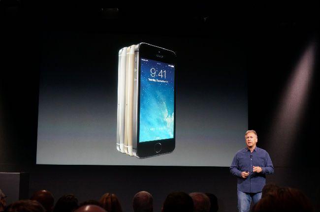 #Liveblog Ahora sí, el plato fuerte el #iPhone5S (Foto gracias a: IGN.com)