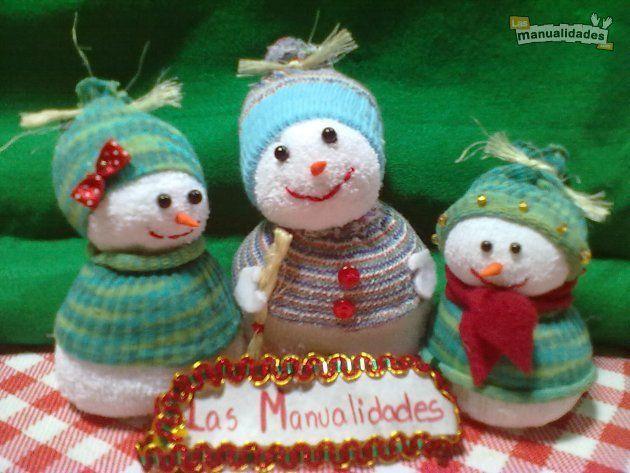 Mu ecos de nieve con calcetines navidad pinterest - Hacer munecos con calcetines ...