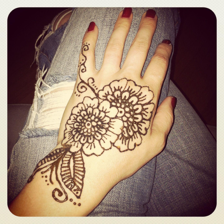 Mehndi Henna Flowers : Mehndi henna hand tattoo flowers tattoos