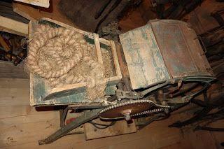 akjbawa: Hanfkardiermaschine, machine to card hemp