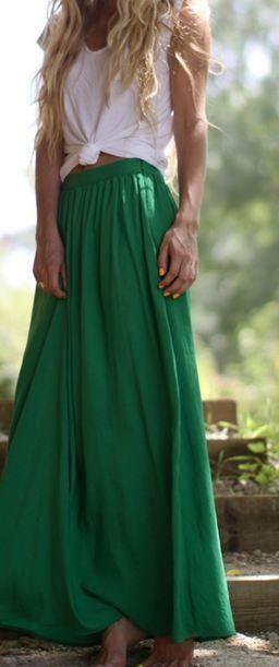 Maxi falda color verde, sencilla, fresca y fácil de combinar :)