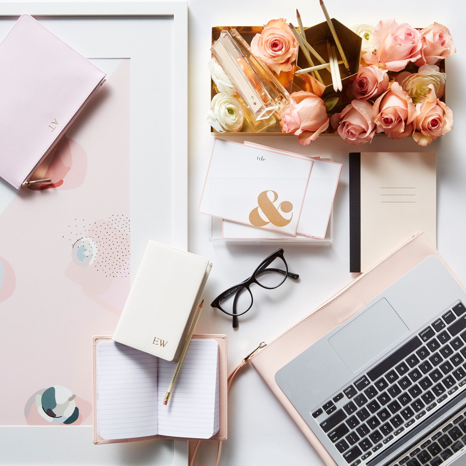 office stationary flat lay inspiration Pop up store
