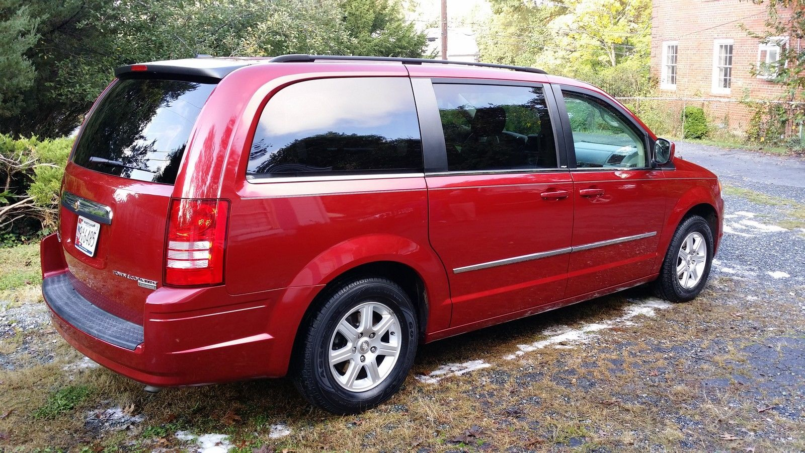 Car Brand Auctioned Chrysler Town Country Touring Beautiful Van