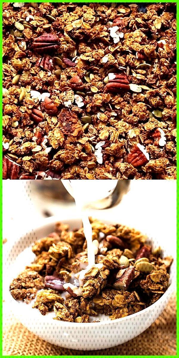 Healthy Pumpkin Quinoa Granola This Healthy Pumpkin Quinoa Granola recipe is the BEST Healthy flavo
