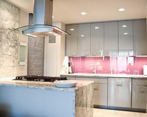 Top 20 cocinas en color rosa colors pink kitchens and pink for Cocinas de color rosa