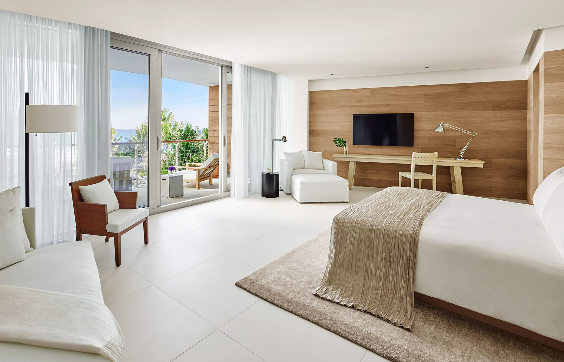 Bungalow Oceanfront. The Miami Beach EDITION, USA. © EDITION Hotels