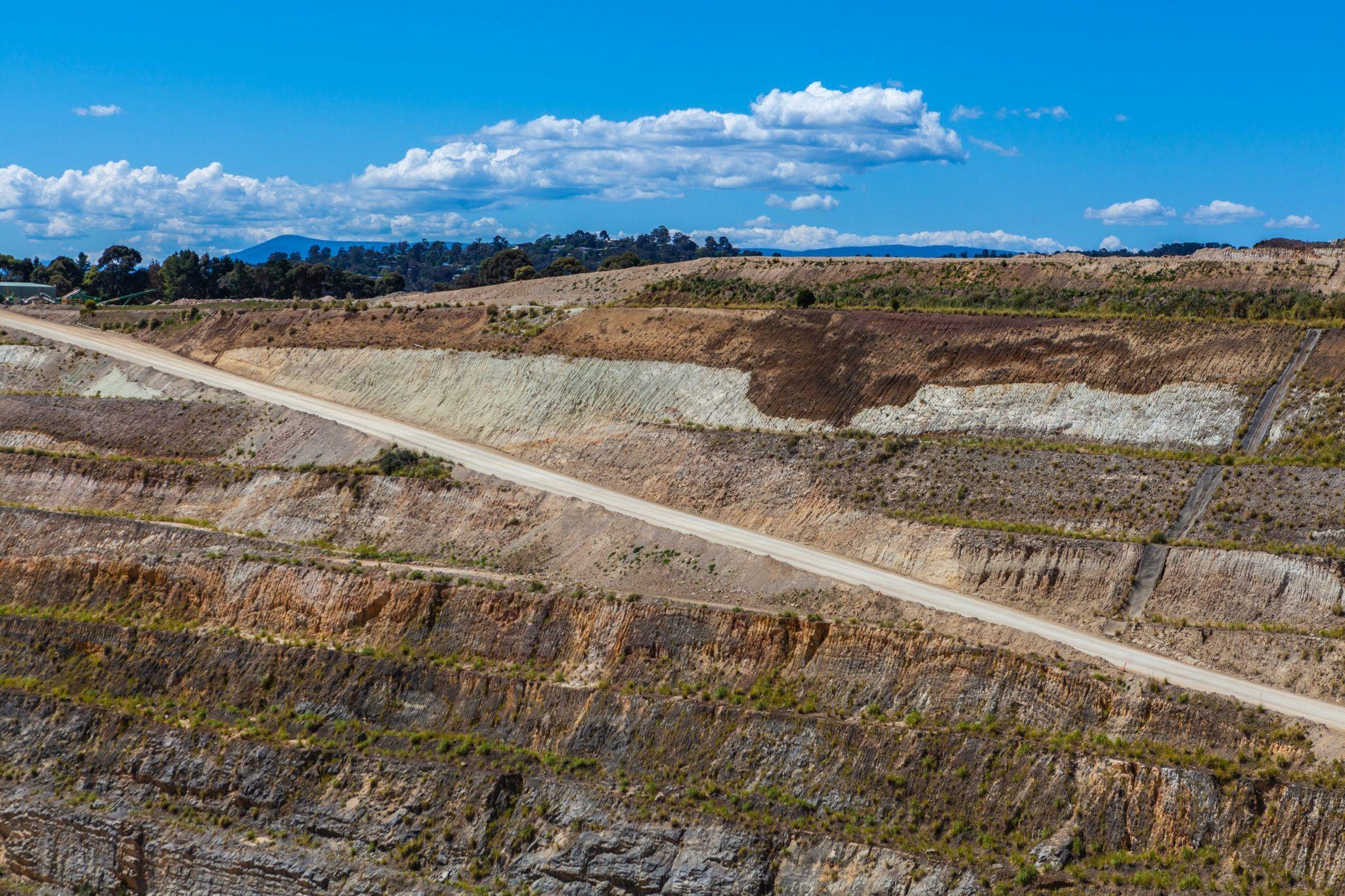 Dirt road down to the bottom of limestone mine  Photo Pathwaybottom