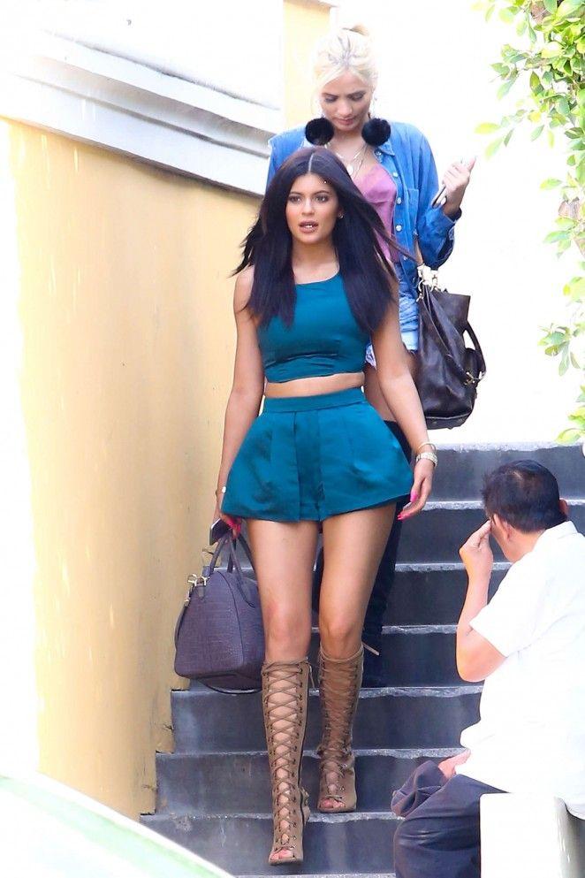 b9dd133b2a1b6 Kylie Jenner Shorts 2017