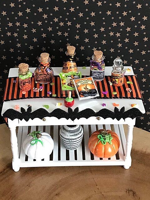 Halloween Mini Candy Sweets Potion Jars