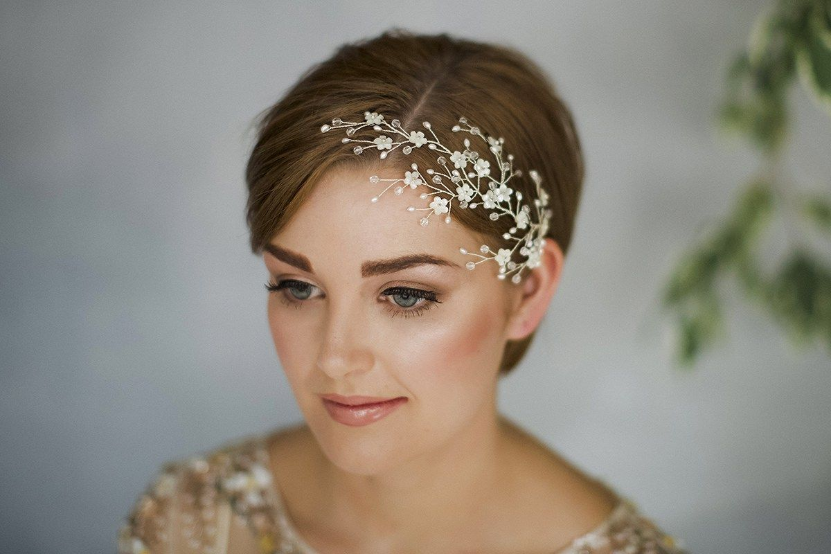 how to style wedding hair accessories with short hair by debbie carlisle bridal fashion fashion beauty get inspired supplier spotlight