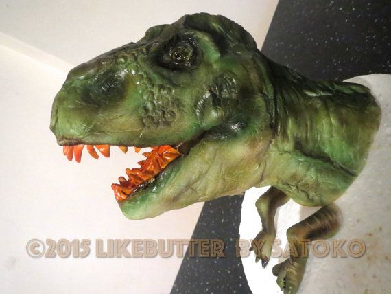 Fondant Realistic Dinosaur Head Amp Claws Cake Topper