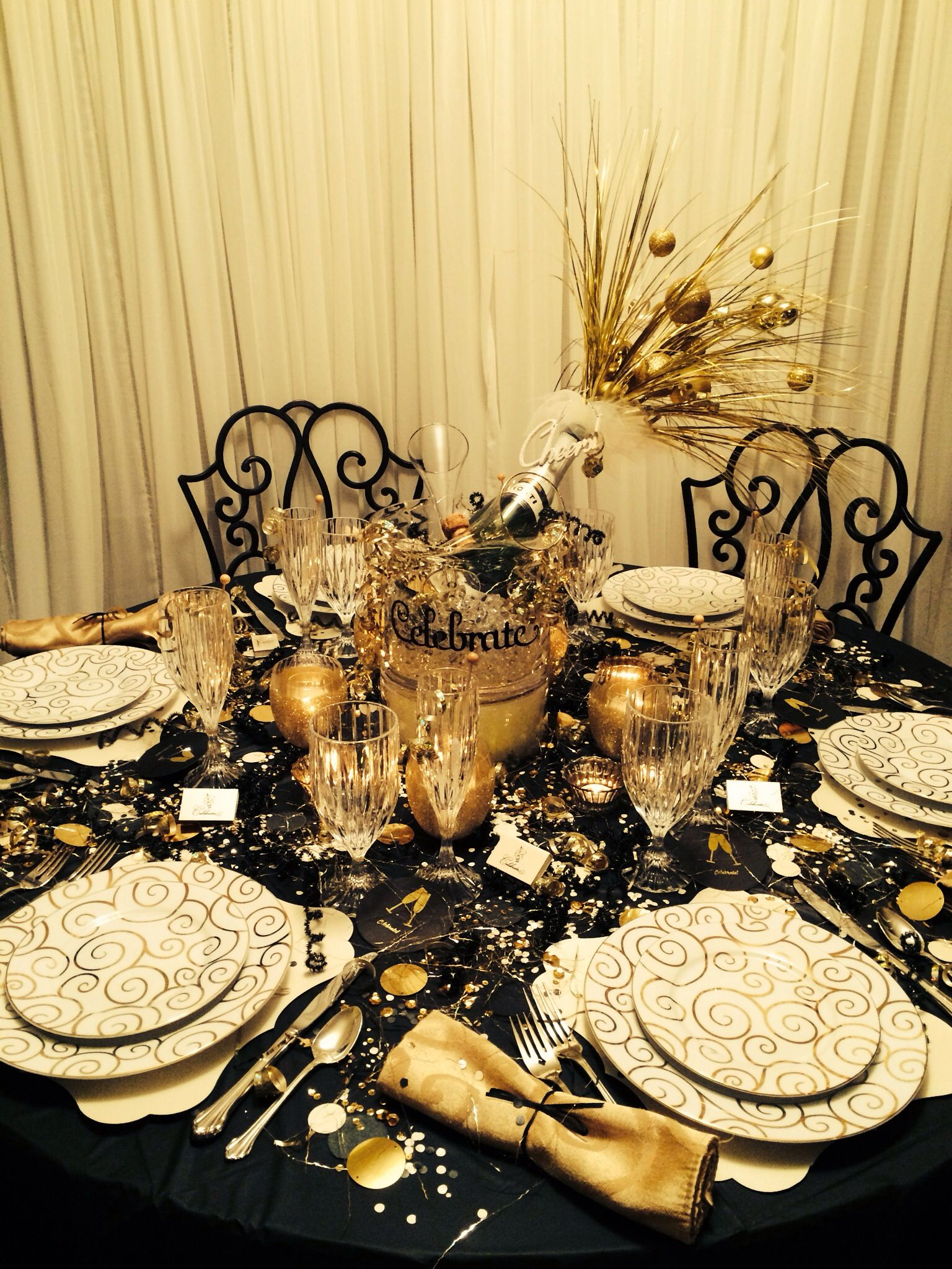 New Years Eve Wedding | New years eve decorations, New ...