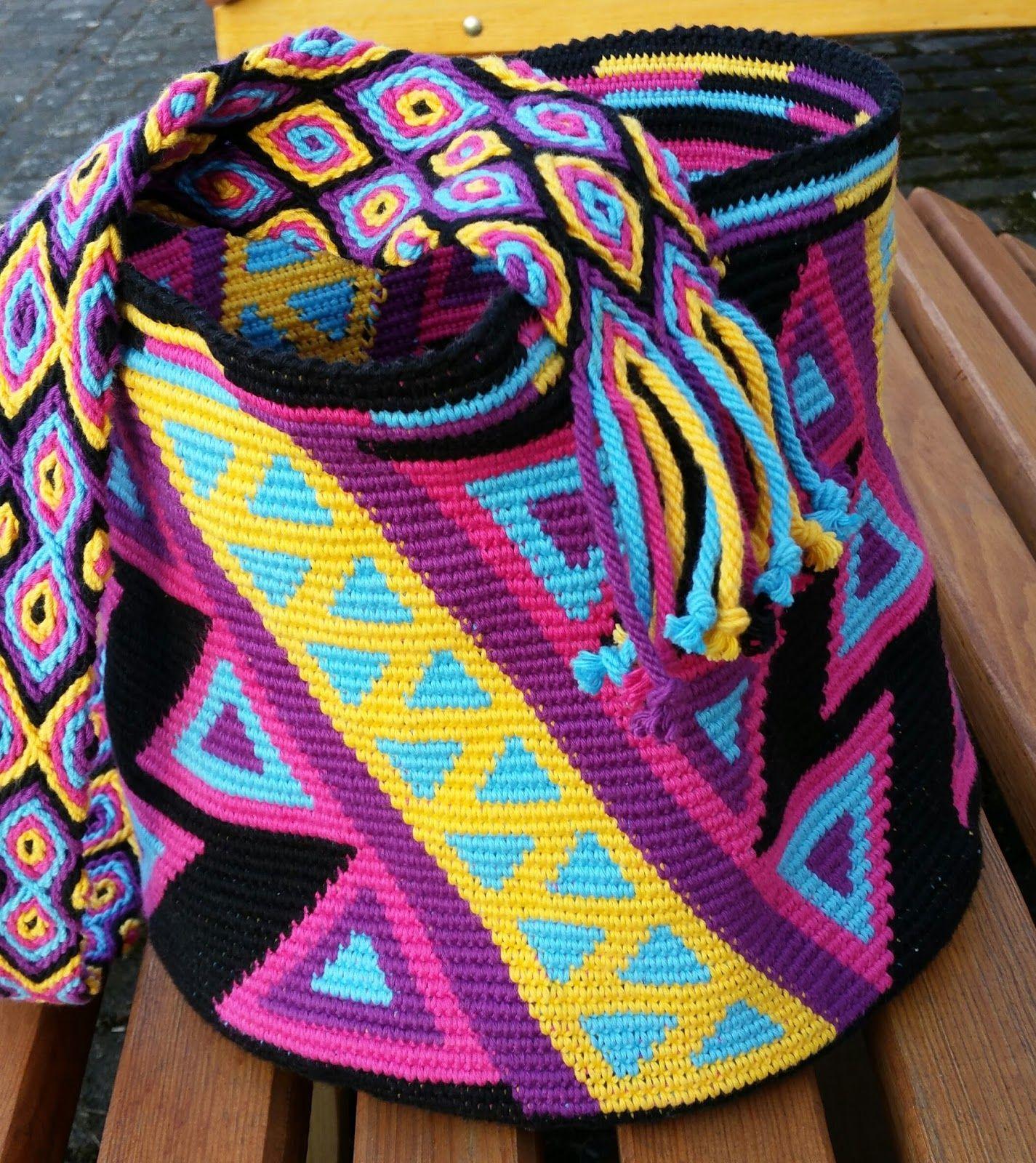Da ich ja beim Häkeln der Wayuu mochila den Boden zuerst mit 6 ...