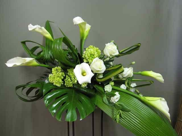 Funeral Casket Flower Spray 3001-1 Montreal Florist Abaca flowers ...