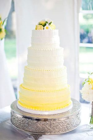 ombre wedding cake // brides of adelaide magazine