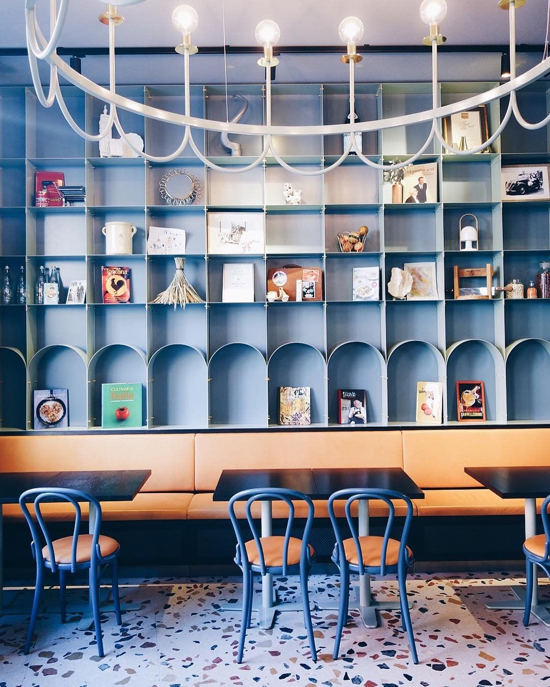 At Deli Di Luca, you can have a croissant and coffee, an aperitivo at the bar, or a three-course dinner. Not to mention the thoughtful interior—the marble bar, retro furniture, and colorful floors.