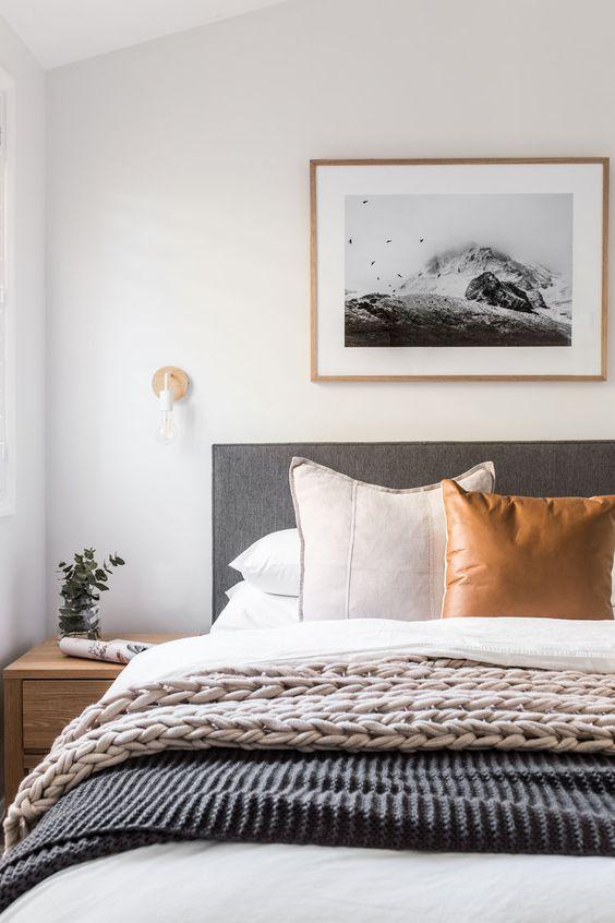 Best 5 Stunning Minimalist Master Bedroom Design Ideas Modern 400 x 300