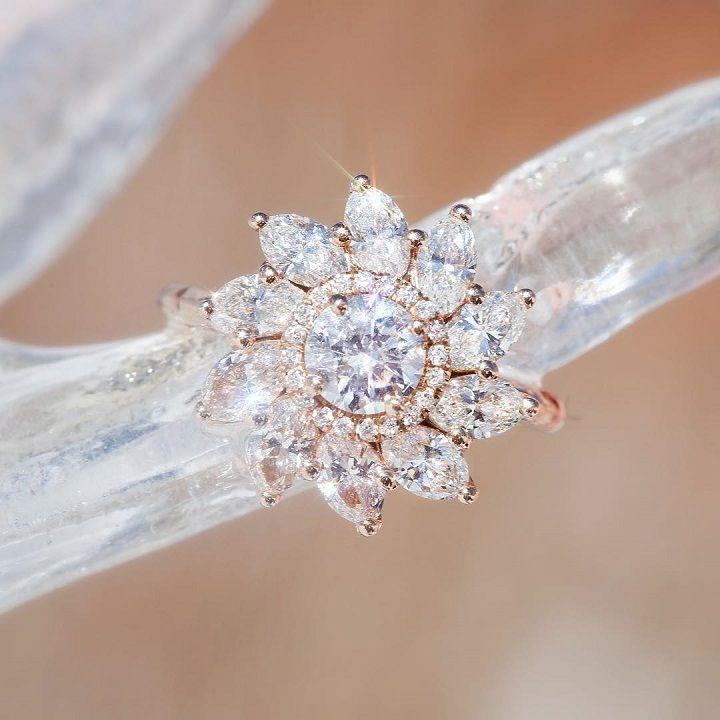 Pin Wheel Diamond engagement ring #engagementring #diamond #diamondengagementring #engaged #bridetobe #wedding
