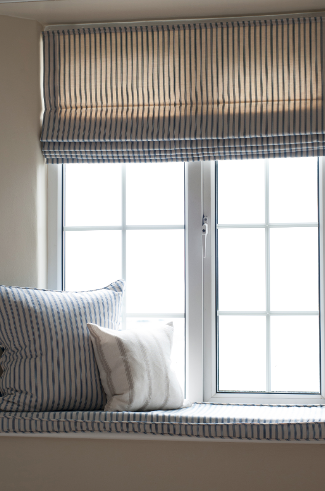 Classic Ticking For Mums Blinds Kids Ranges Often Have The Nicest Simple Styles Blinds For Small Windows Modern Window Coverings Interior Windows