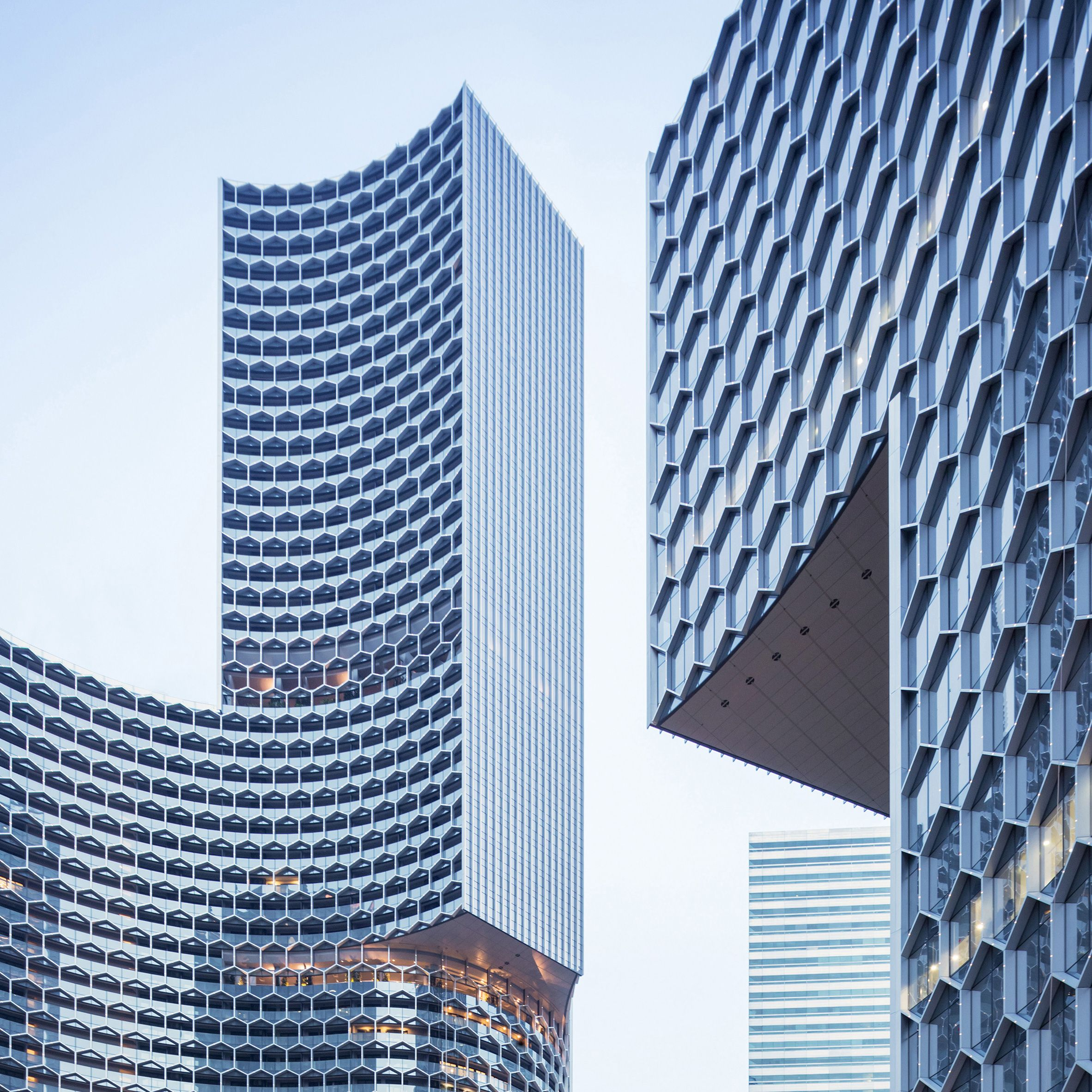 Six Buildings That Create A Buzz With Honeycomb Patterned Facades Architecture Facade Architecture Architecture Design