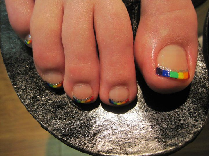 rainbow french tip pedicure - '