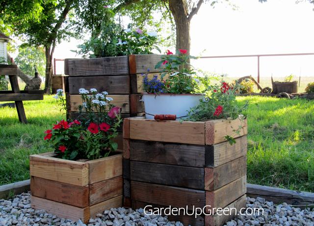 Garden Up Green Diy Wood Planters Diy Wood Planter Box Diy Planter Box