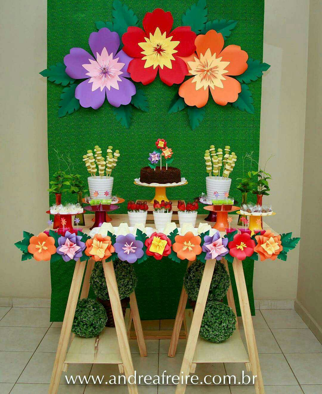 Mesa primaveral mesas dulces pinterest mesas for Ideas faciles decoracion