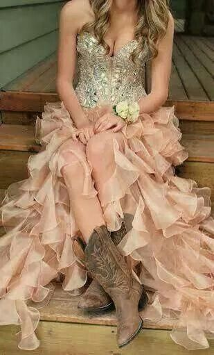 Bridesmaid for a country wedding, perfect ❤ | Cowgirl Power ...